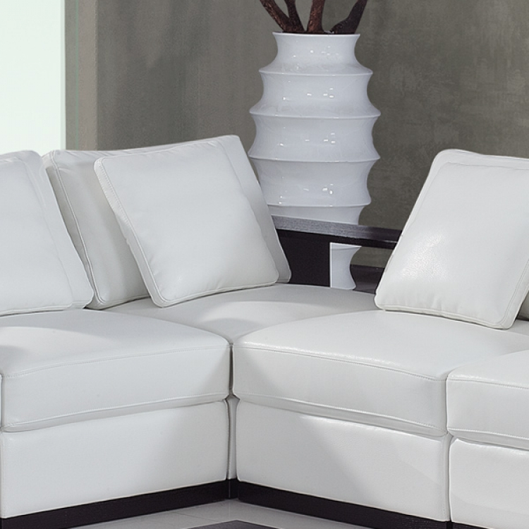 A130 Sectional Corner - White - Global Furniture