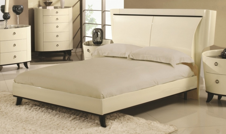 Angelica Bed