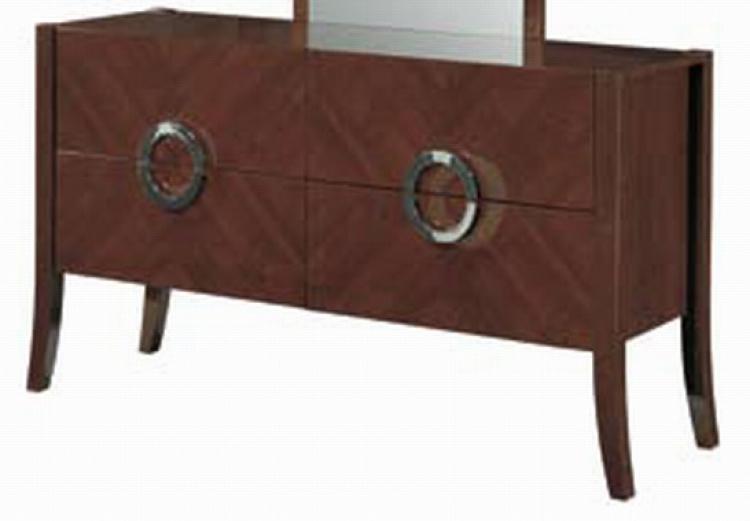 Isabella Dresser