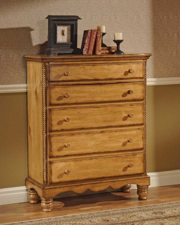 Hillsdale Wilshire Chest - Antique Pine