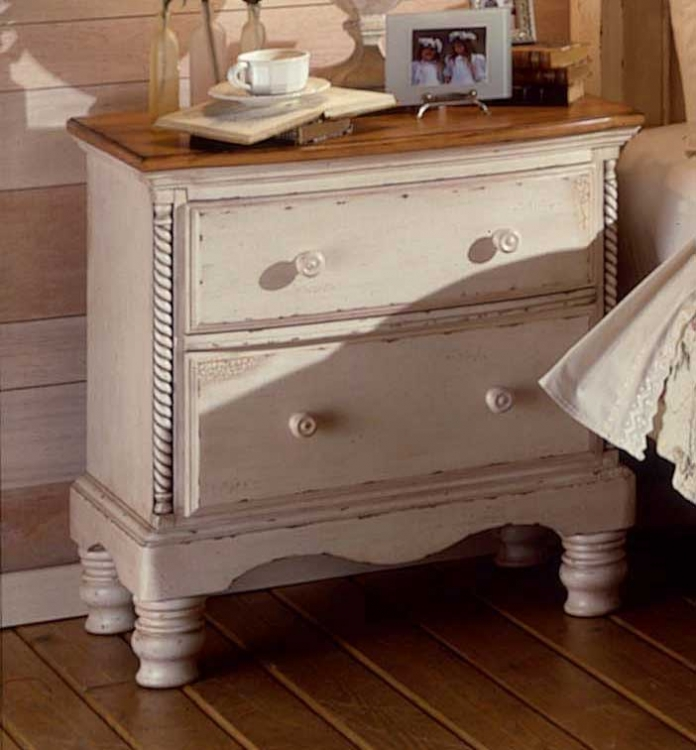 Wilshire Night Stand - Antique White - Hillsdale