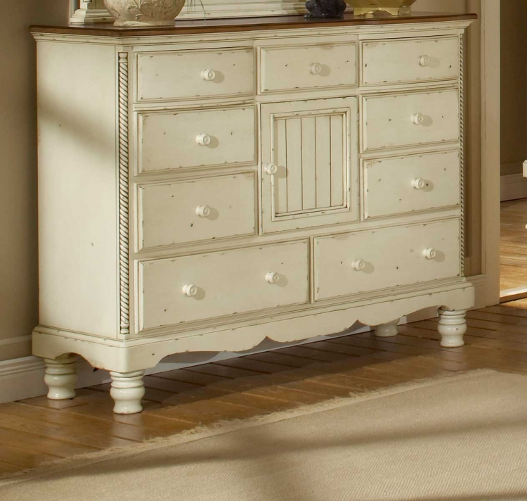 Wilshire Mule Chest - Antique White
