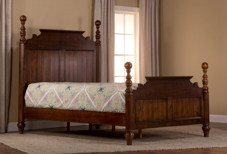 Pine Island Post Bed - Dark Pine