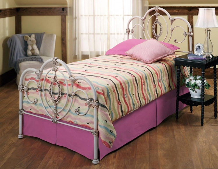Victoria Youth Bed - Hillsdale
