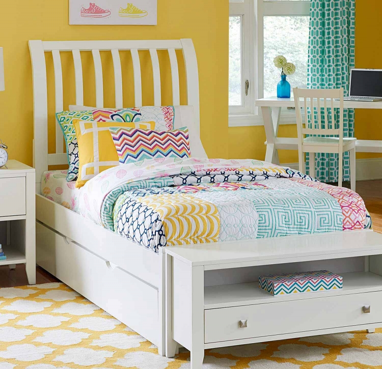 Pulse Rake Sleigh Bed With Trundle - White