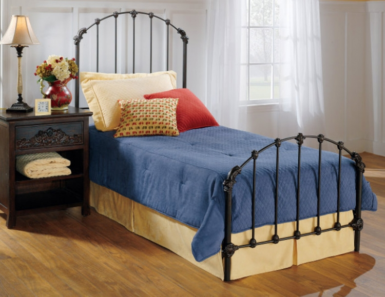 Bonita Youth Bed - Hillsdale