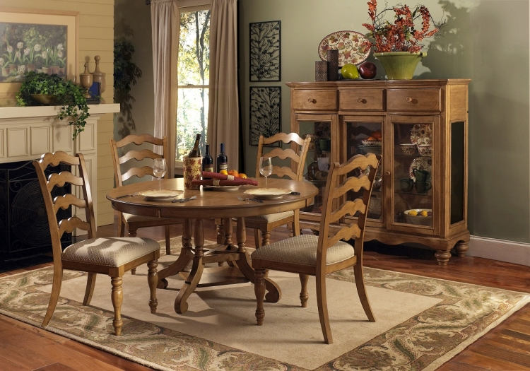 Hamptons 5-Piece Dining Set - Weathered Pine - Hillsdale