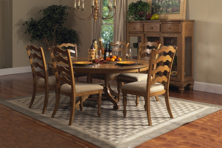Hamptons 7-Piece Dining Set - Weathered Pine - Hillsdale