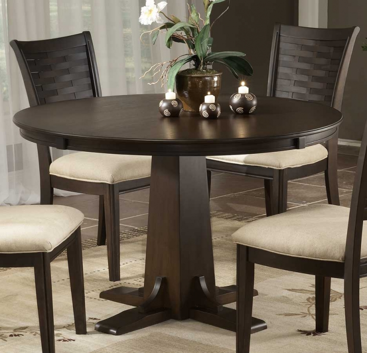 Oxmoor Round Dining Table with Pedestal