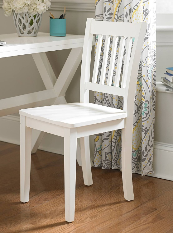 Lake House Chair - White