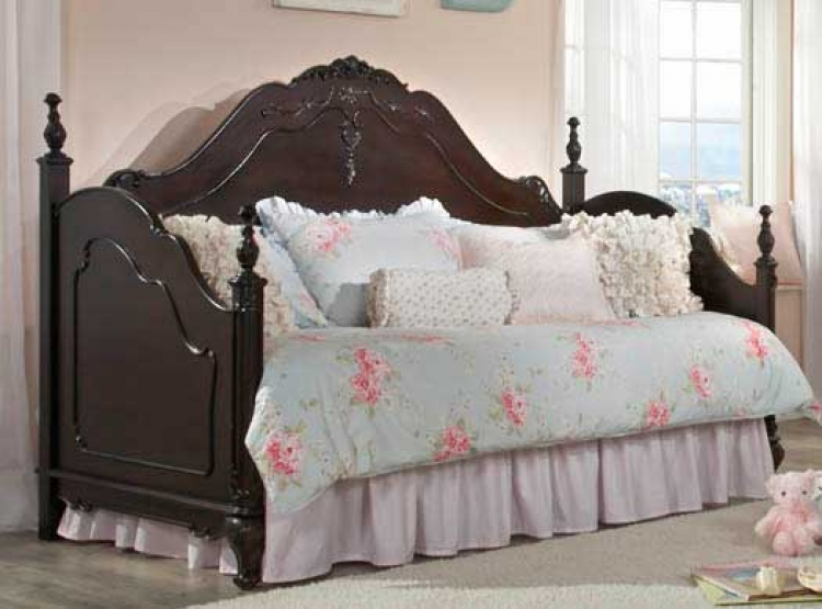 . Homelegance Cinderella Bedroom Set   Dark Cherry