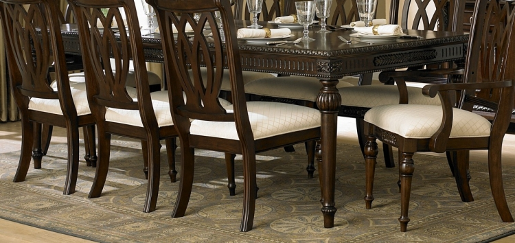 Centinella Leg Dining Table