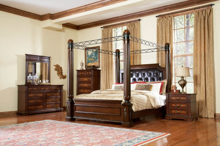 Bermingham Poster Canopy Bedroom Set - Homelegance