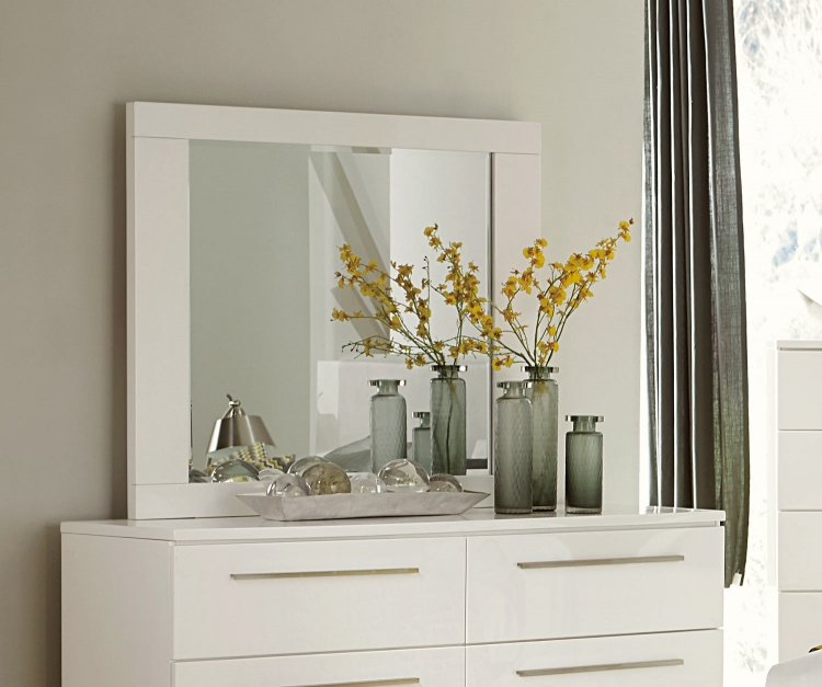 Linnea Mirror - High-Gloss White