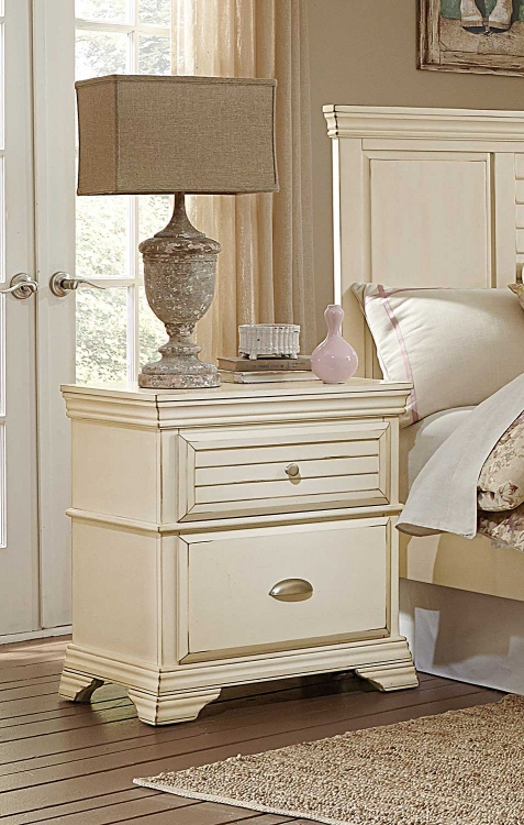 Laurinda Night Stand - Antique White