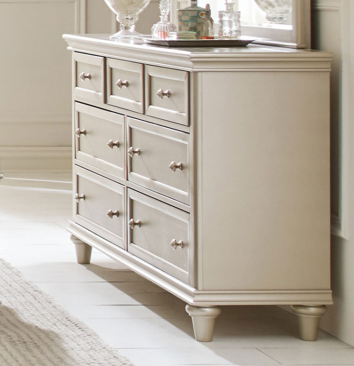 Celandine Dresser - Silver