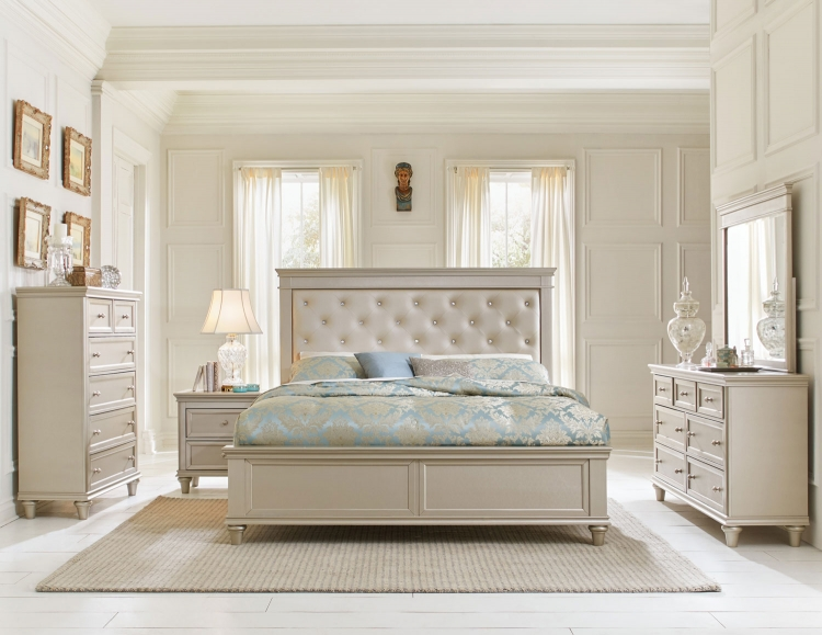 Celandine Upholstered Bedroom Set - Silver