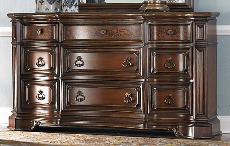 Montvail Dresser