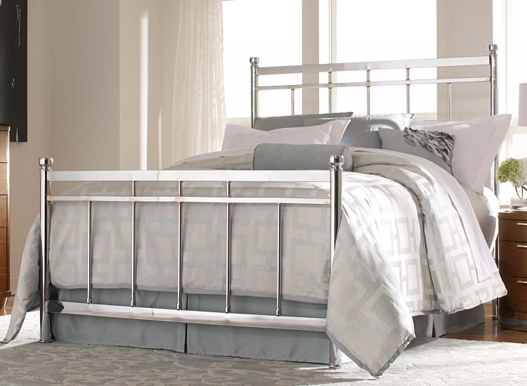 Zelda Chrome Bed - Chrome