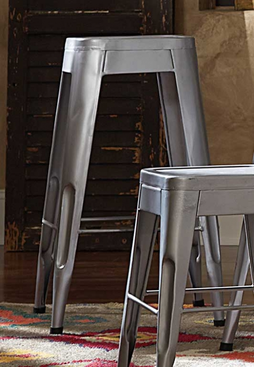 Amara 29in Metal Bar Stool - Silver