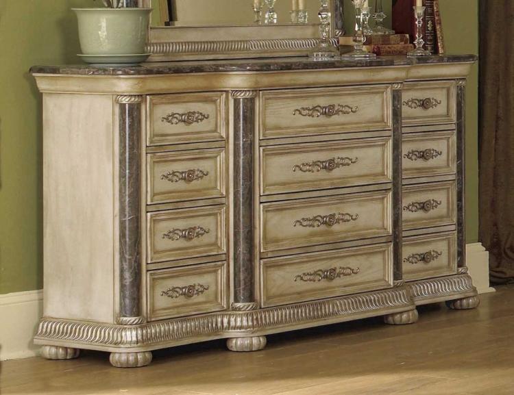 Catalina Dresser