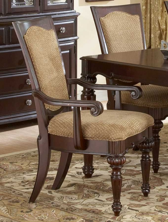 Grandover Arm Chair
