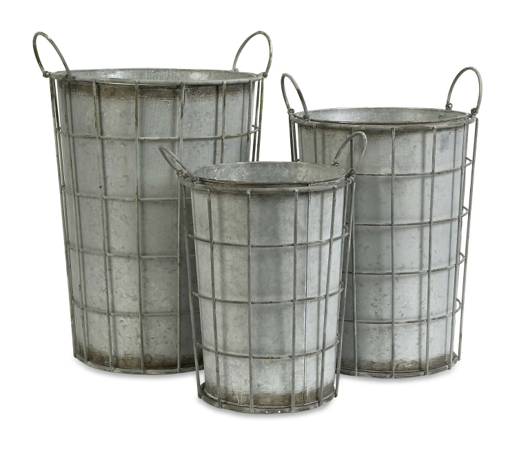 Chandler Metal Flower Vases - Set of 3 - IMAX