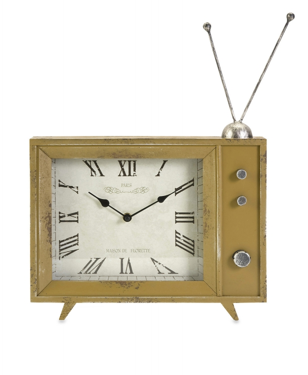 Garrett Retro Tv Clock - IMAX