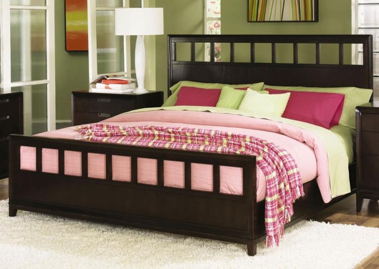 Nikka Bed
