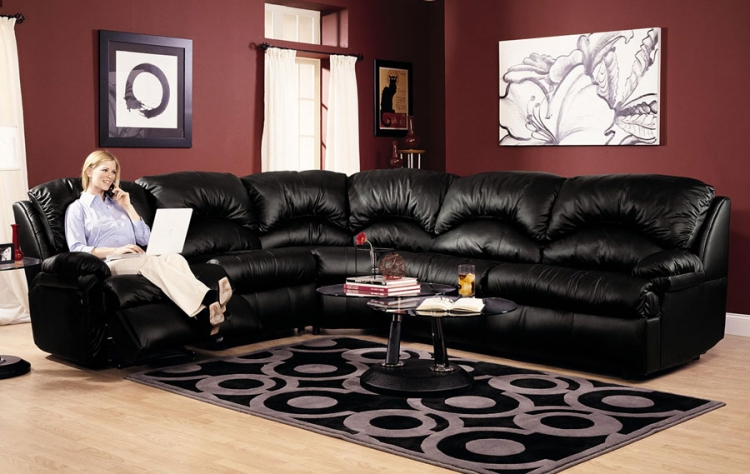 Phoenix Black Sectional - Klaussner