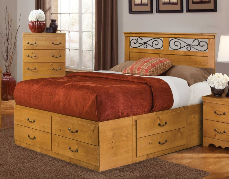 Kenneth Creek Panel Storage Bed