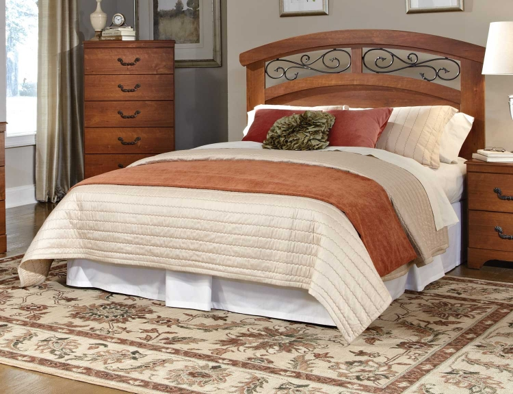 Liberty Creek Panel Bed
