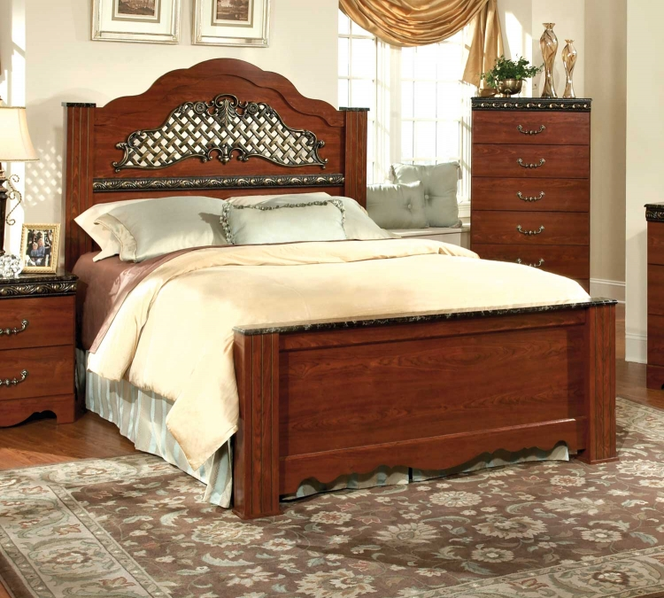 Megan Heights Poster Bed