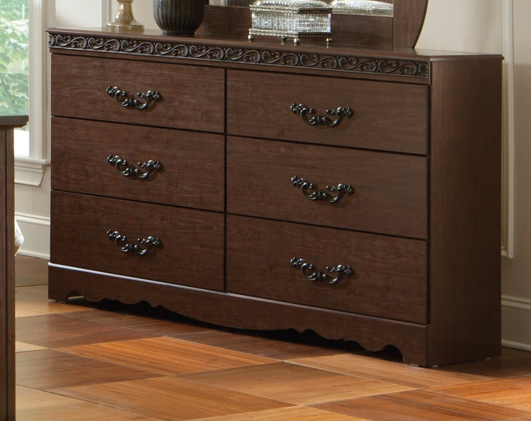 Knollwood Dresser