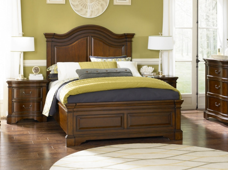 Claremont Valley Arched Panel Bed