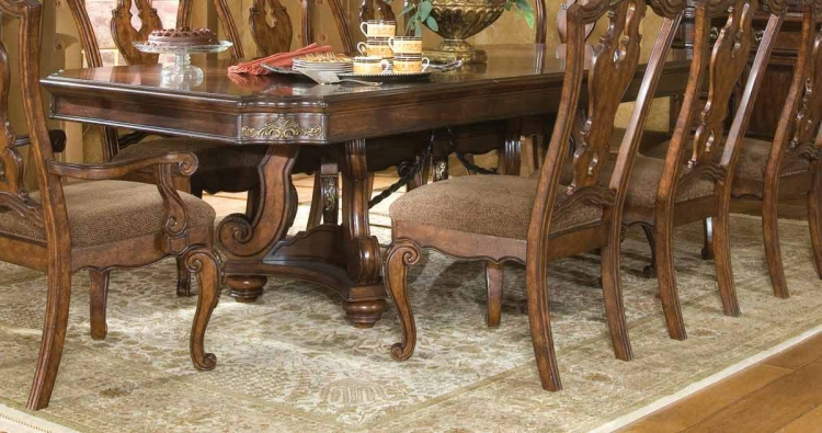 Tuscan Manor Pedestal Table