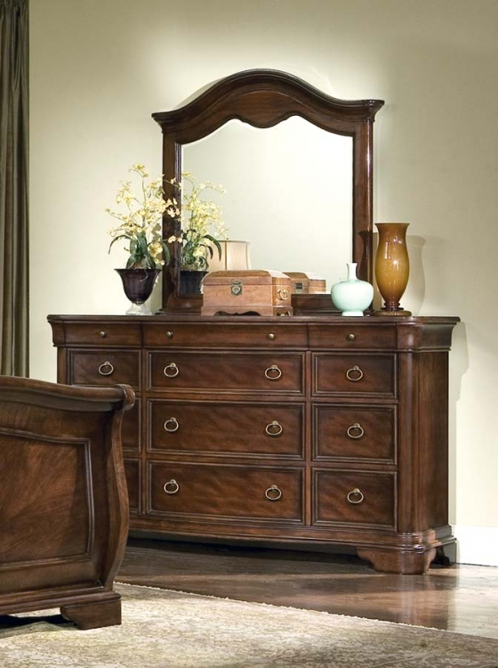 Heritage Court Dresser with Arched Mirror