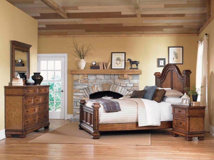 Larkspur Low Post Bedroom Collection - Legacy Classic