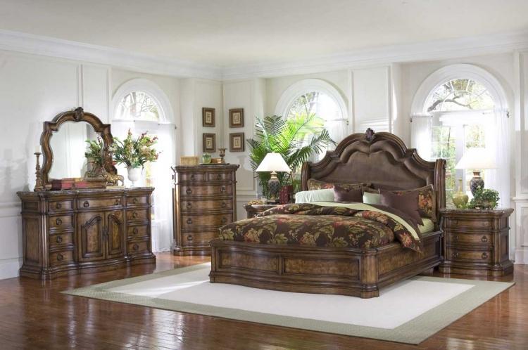 Pulaski Furniture Bedroom Furniture Dining Room