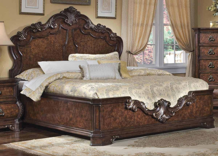 Wellington Manor Panel Bed