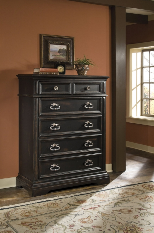 Brookfield Chest