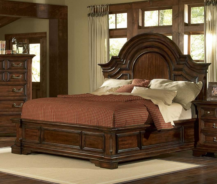 Timber Heights Panel Bed