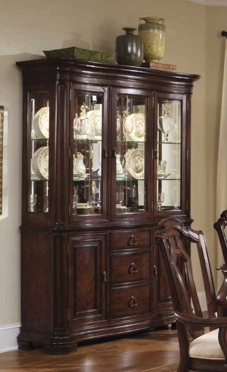 Toscano Vialetto China Cabinet