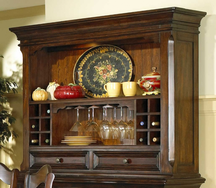 Pulaski Timber Heights Sideboard Deck and Hutch