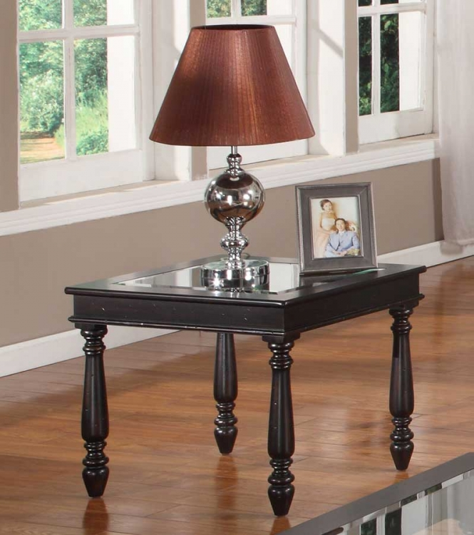 Avelino End Table - Parker House
