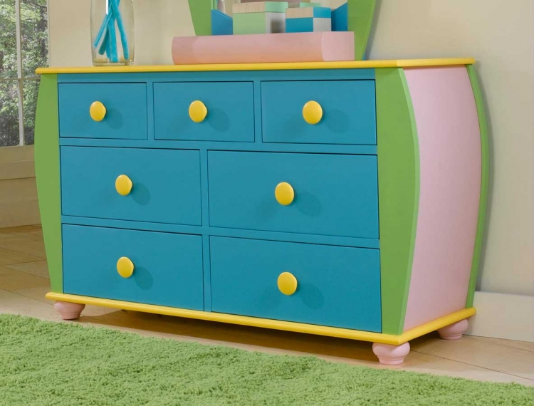 Sunday Funnies 7-Drawer Dresser