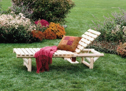 Cedar Looks Lounge Log Chair