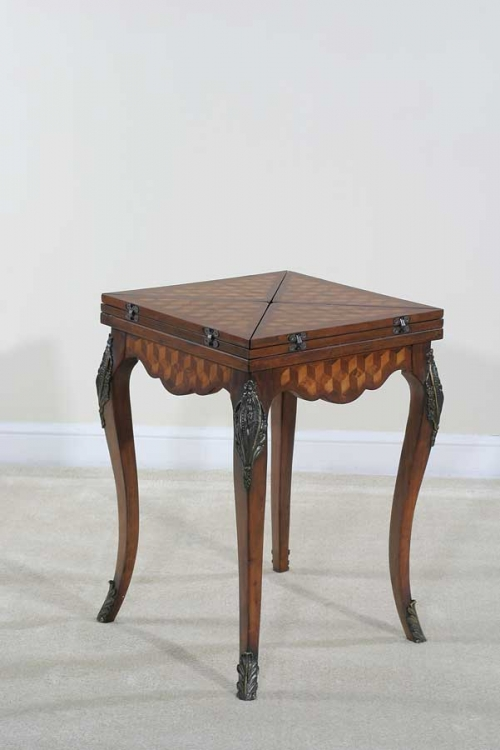 Preswick Handkerchief Game Table - Ultimate Accents