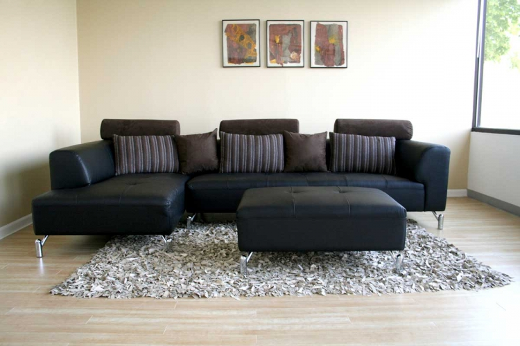 587-M9812 Sectional Sofa
