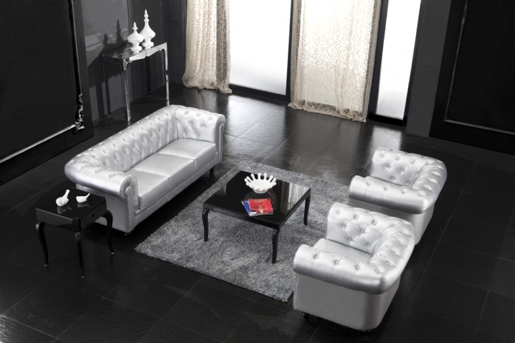Aristocrat Living Room Set